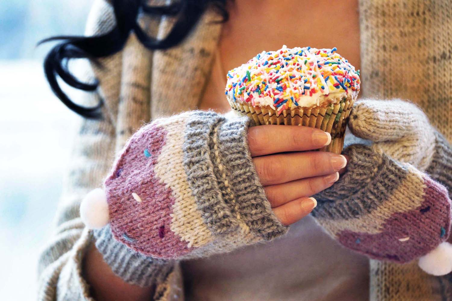 """Sweeter than a Cupcake"""" Hat and Fingerless Glove Set – Girly Knits"""